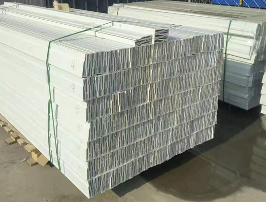 贵州玻璃钢养殖用地板梁