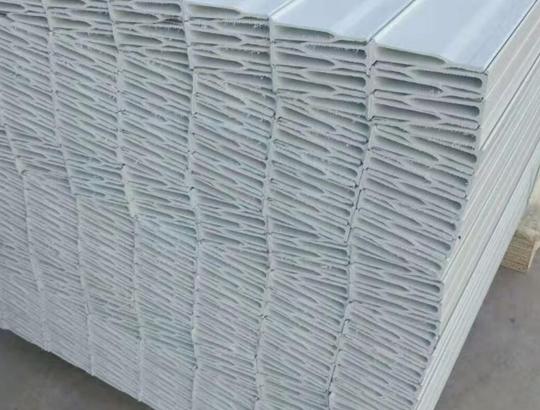 贵州玻璃钢地板梁